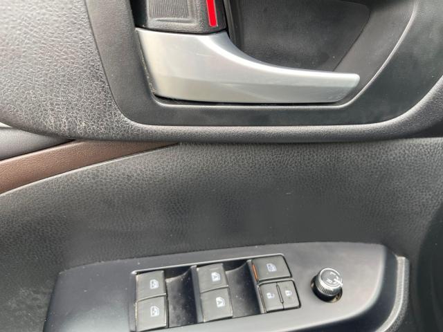 2016 Toyota Highlander XLE Navigation /Sunroof /Camera /8 Pass Photo12