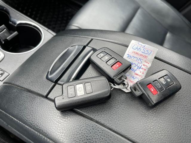 2016 Toyota Highlander XLE Navigation /Sunroof /Camera /8 Pass Photo15