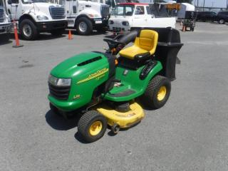 Used 2000 John Deere L118 Limited Edition Gasoline Lawn Mower for sale in Burnaby, BC