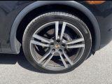 2012 Porsche Cayenne Premium  Navigation/Sunroof/Camera Photo8
