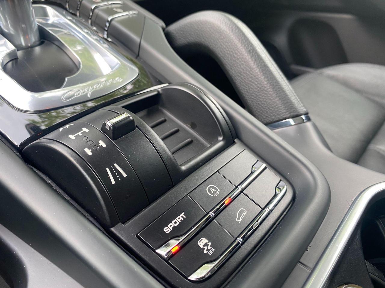 2012 Porsche Cayenne