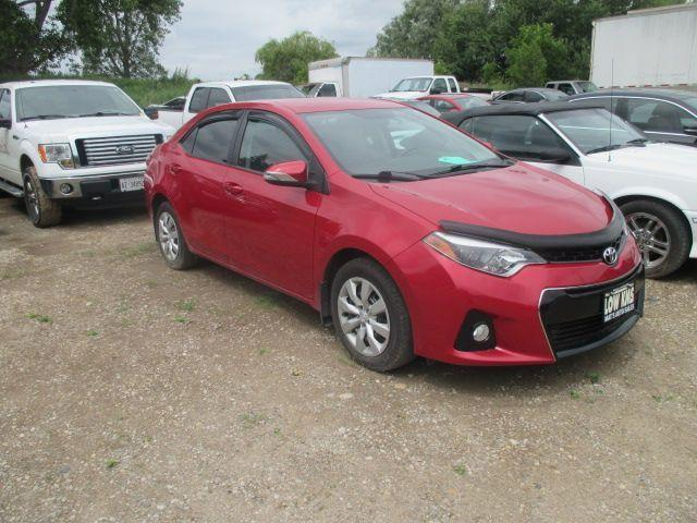 2015 Toyota Corolla S ONLY 26500KM