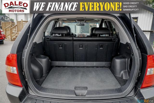 2005 Kia Sportage EX / LEATHER / SUNROOF / COMES FULLY CERTIFIED / Photo24