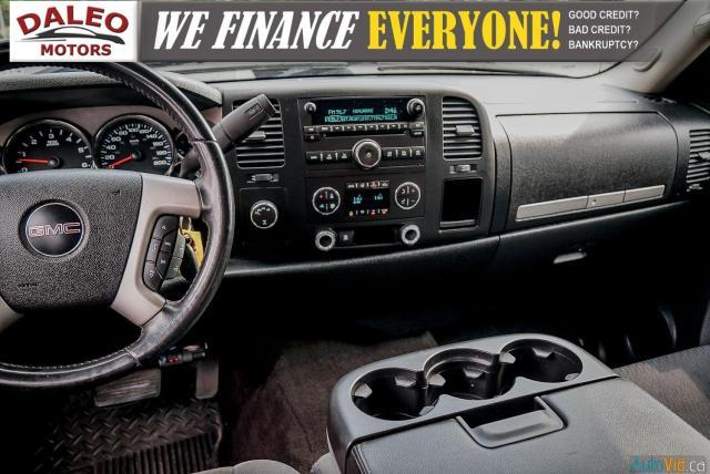 2009 GMC Sierra 1500 SLE / 4WD / 8 CYLINDER / RUNS GREAT FOR AN 2009!! Photo16