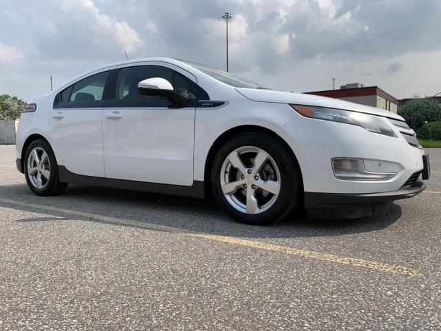 2012 Chevrolet Volt Certified - Claim Free - Fully Serviced