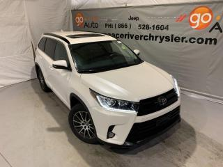 Used 2017 Toyota Highlander XLE for sale in Peace River, AB