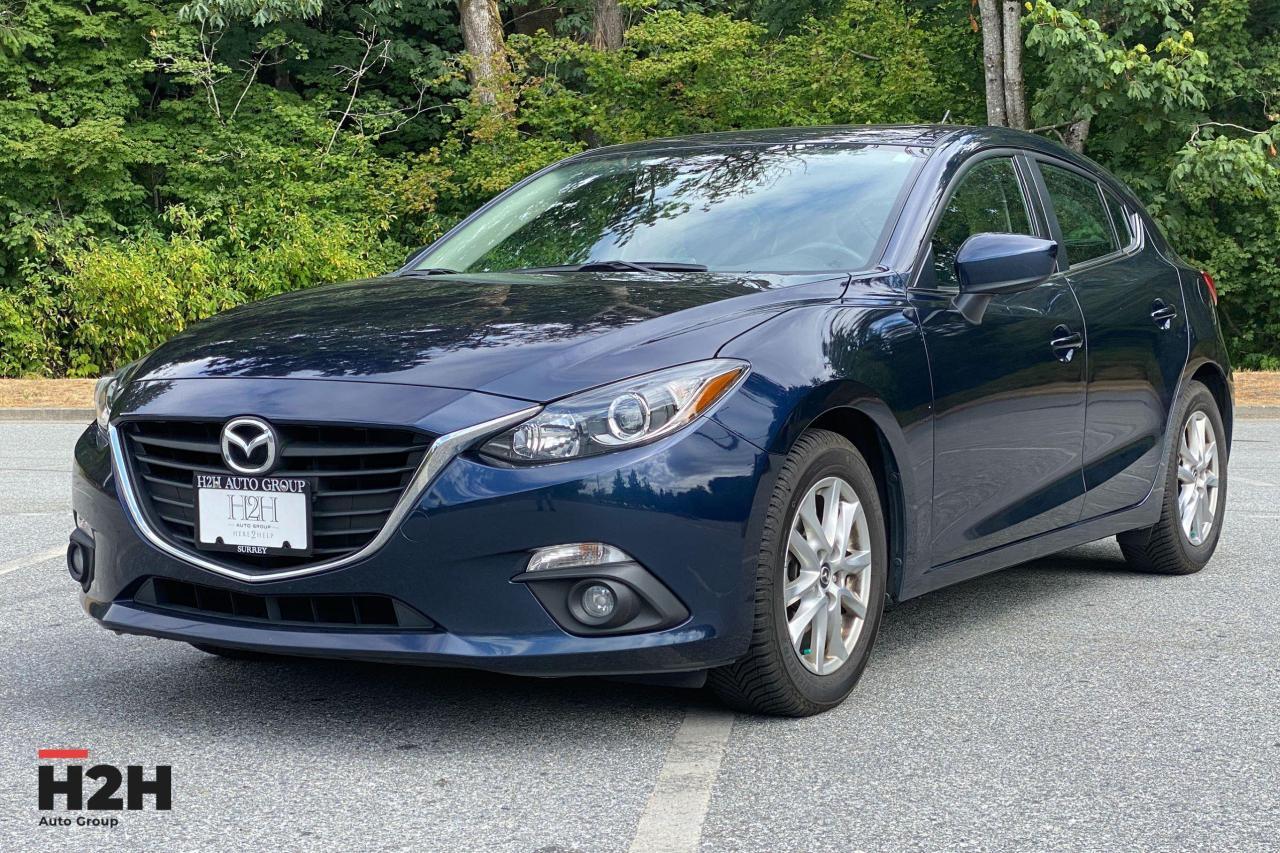 2015 Mazda MAZDA3  Photo1