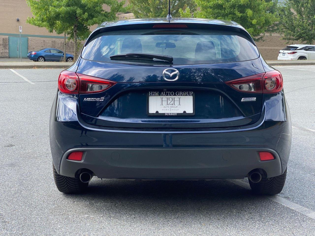 2015 Mazda MAZDA3  Photo3