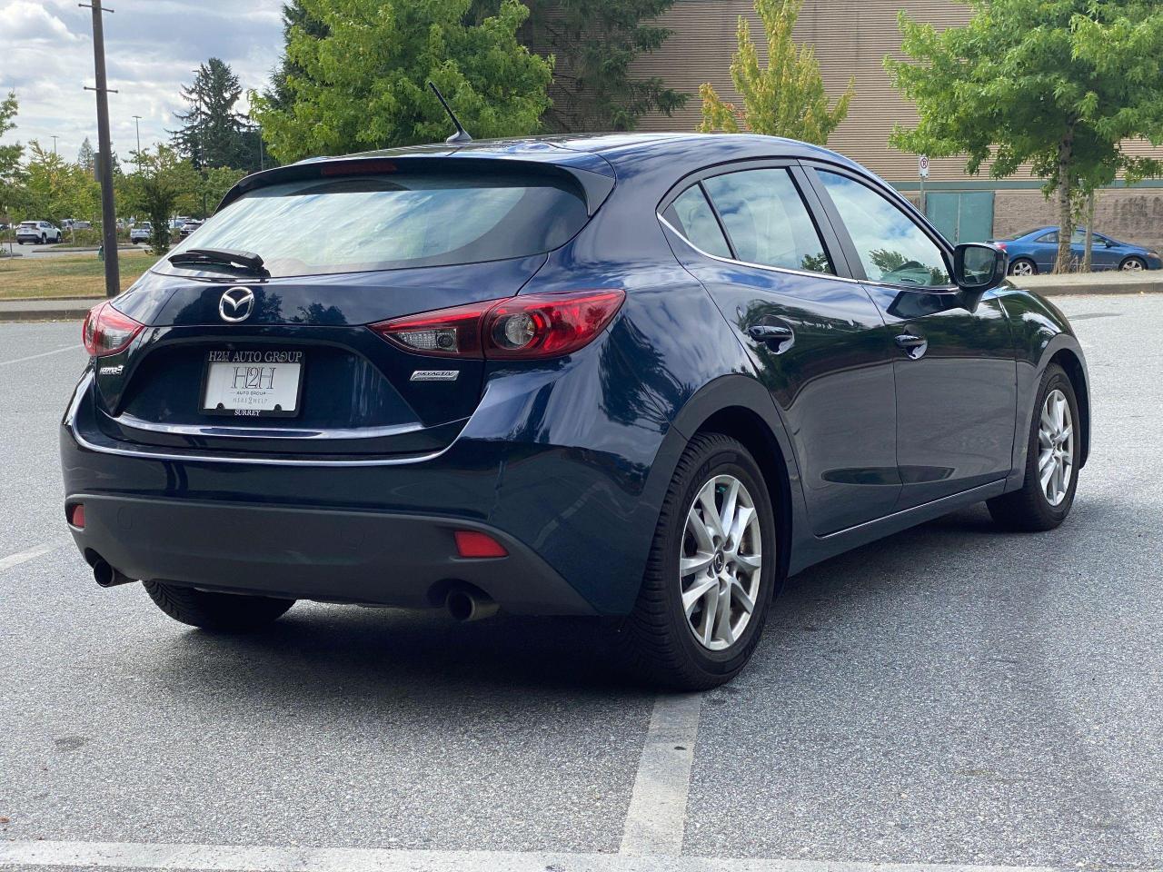 2015 Mazda MAZDA3  Photo4