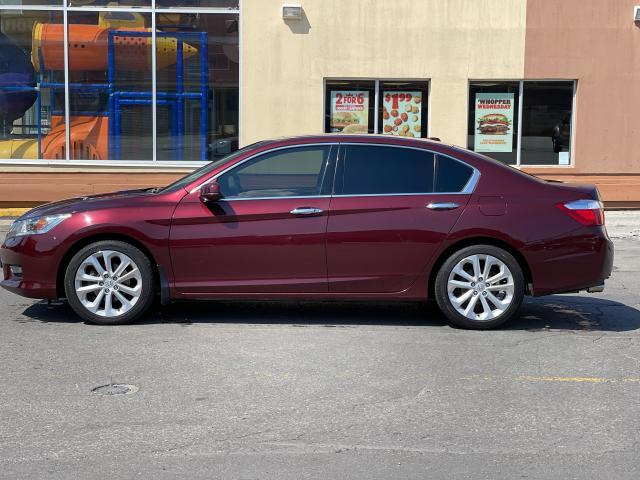 2015 Honda Accord Touring Navigation /Sunroof /Leather Photo3