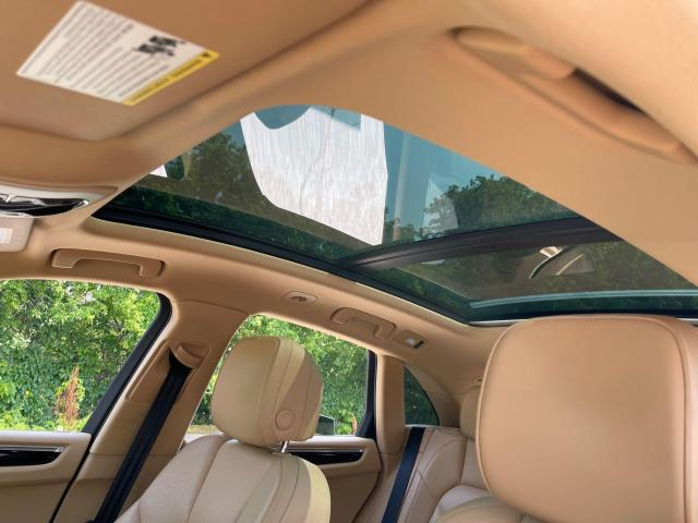 2015 Porsche Macan S AWD Navigation/Sunroof/Leather Photo11