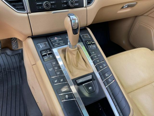 2015 Porsche Macan S AWD Navigation/Sunroof/Leather Photo19