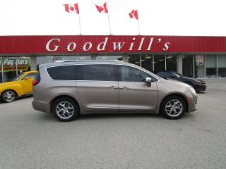 Used 2017 Chrysler Pacifica LIMITED! SUNROOF! CLEAN CARFAX! LOW KM'S! for sale in Aylmer, ON