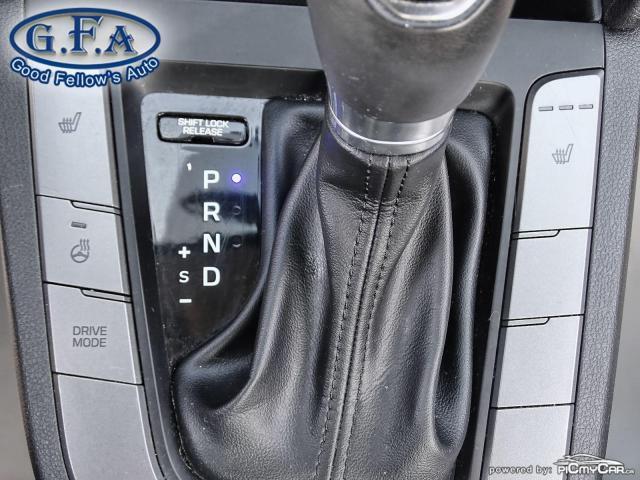 2019 Hyundai Elantra PREFERRED, REARVIEW CAMERA, BLUETOOTH, BLIND SPOT Photo16
