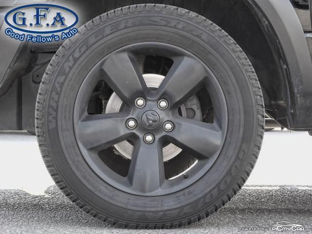 2019 RAM 1500 SLT CREW CAB, MOON ROOF, 4WD, BACKUP CAMERA, NAVI Photo6