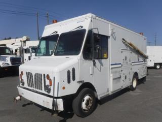 Used 2009 Workhorse W62 14 Foot Cube Van with Shelving and Workshop for sale in Burnaby, BC