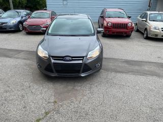 Used 2013 Ford Focus SE for sale in London, ON