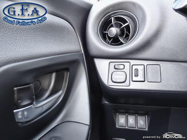 2018 Toyota Yaris SE MODEL, REARVIEW CAMERA, HEATED SEATS, BLUETOOTH Photo18