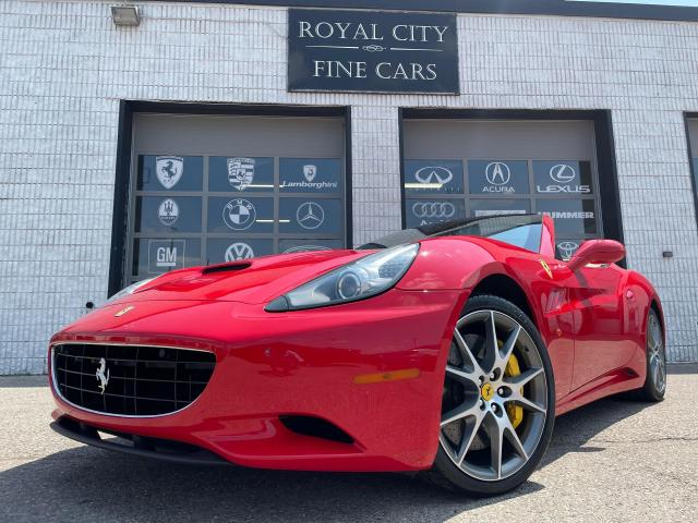 2010 Ferrari California RED ON TAN // LOW KM'S // FULL SERVICE RECORDS