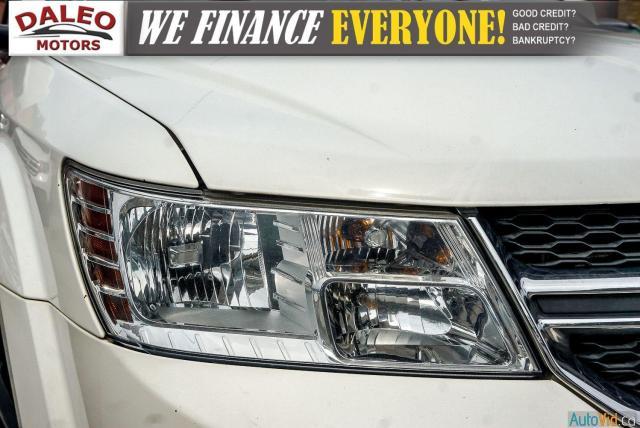 2011 Dodge Journey SXT / 7 PASSENGERS /  USB INPUTS / Photo2