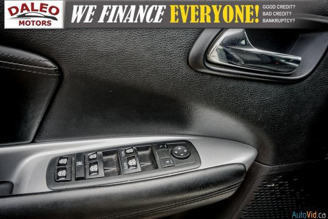 2011 Dodge Journey SXT / 7 PASSENGERS /  USB INPUTS / Photo18
