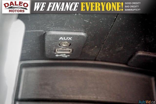 2011 Dodge Journey SXT / 7 PASSENGERS /  USB INPUTS / Photo21