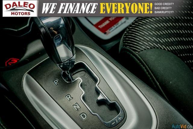 2011 Dodge Journey SXT / 7 PASSENGERS /  USB INPUTS / Photo23