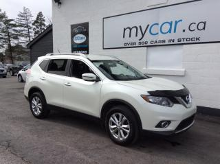 Used 2016 Nissan Rogue SV HEATED SEATS, ALLOYS, BACKUP CAM, BLUETOOTH!! for sale in North Bay, ON
