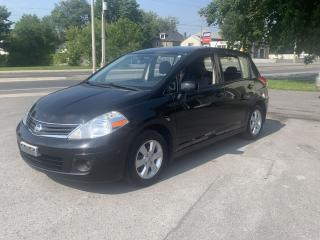 Used 2010 Nissan Versa SL for sale in Cornwall, ON