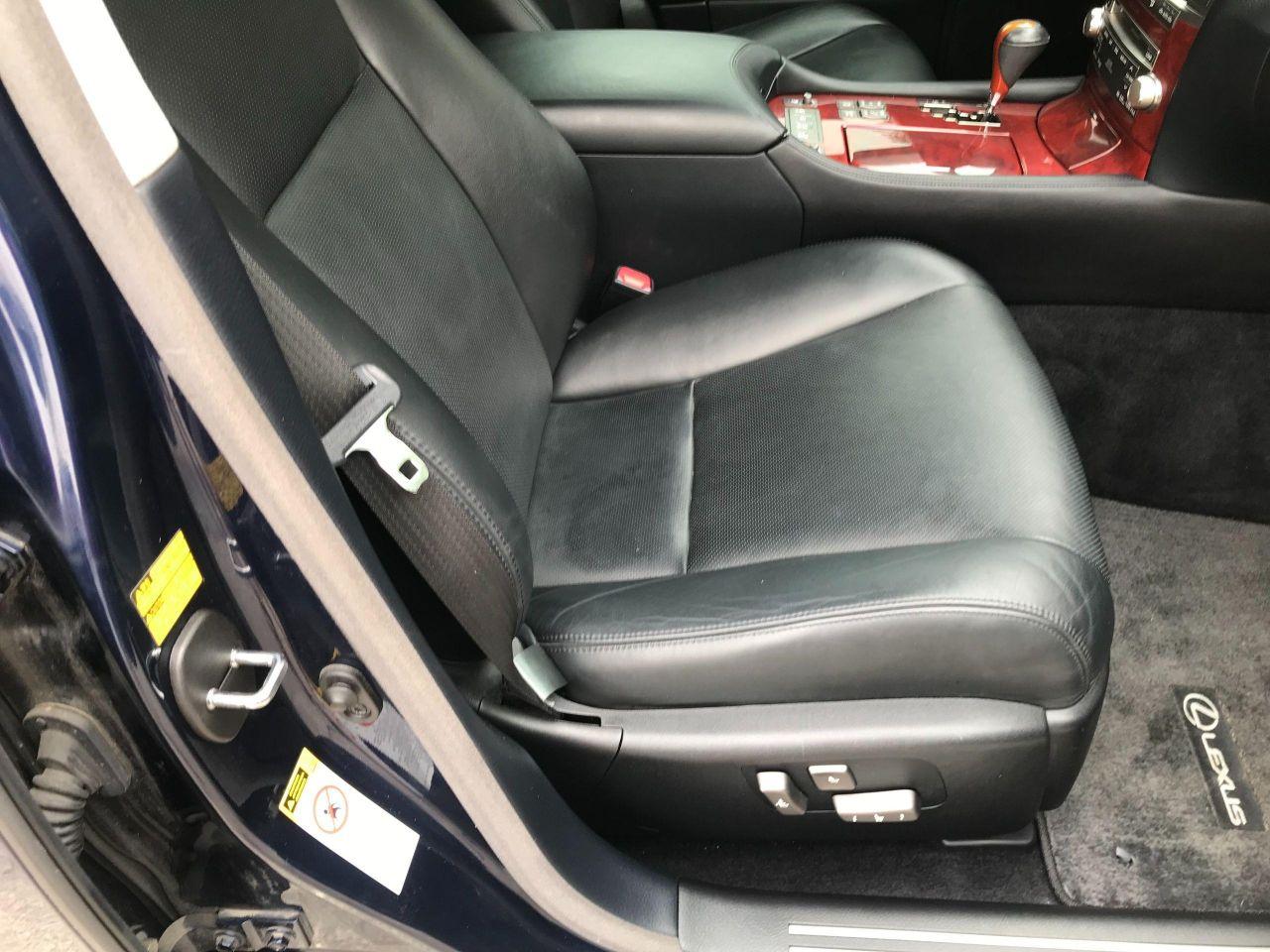2010 Lexus LS 460