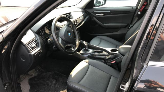 2012 BMW X1 AWD, LEATHER SEATS, 2.0L (AS IS. Needs an Engine ) Photo5