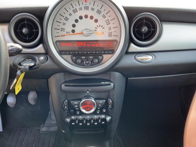 2011 MINI Cooper Clubman  Photo11