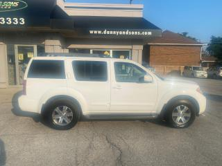 Used 2012 Nissan Pathfinder for sale in Mississauga, ON