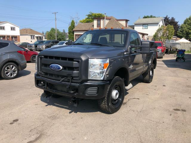 2011 Ford F-350  Photo3