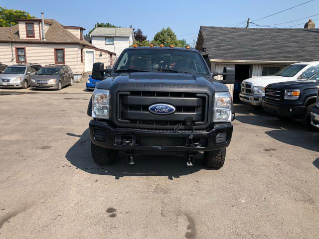2011 Ford F-350  Photo1