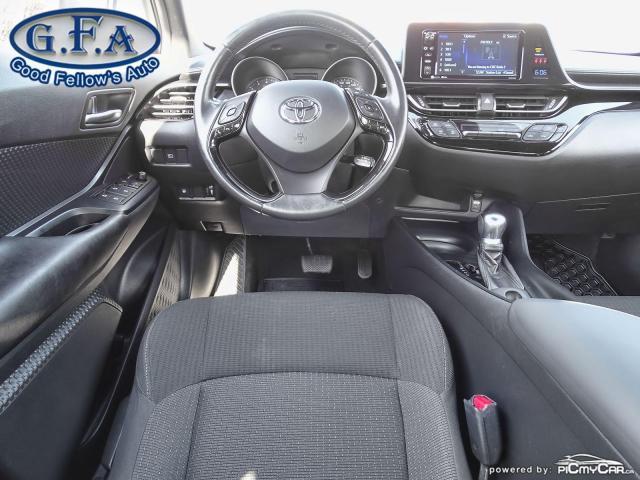 2018 Toyota C-HR XLE MODEL, BACKUP CAMERA, HEATED SEATS, KEYLESS GO Photo11