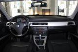 2011 BMW 3 Series 323i I LEATHER I SUNROOF I PUSH START I HEATED SEATS I AS IS