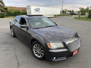 Used 2013 Chrysler 300 Leather, Panoramic Sunroof, Auto, Backup Camera, for sale in Toronto, ON