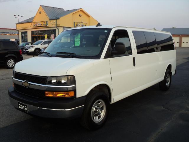 2019 Chevrolet Express 3500 LT 6.0L Vortec 15 Pass Van BackCam