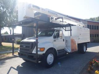 Used 2011 Ford F-750 Bucket Dump box 2WD Tree Service Dually Air Brakes Diesel for sale in Burnaby, BC