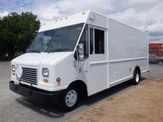 Used 2006 Ford Econoline E-450 Utilimaster 16 foot Cargo Cube Van With Rear Shelving for sale in Burnaby, BC