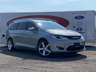 Used 2017 Chrysler Pacifica Hybrid Platinum *HEATED/COOLED LEATHER SEATS, MOONROOF* for sale in Midland, ON