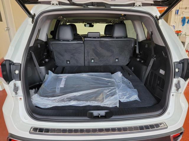 2019 Toyota Highlander XLE AWD Photo8