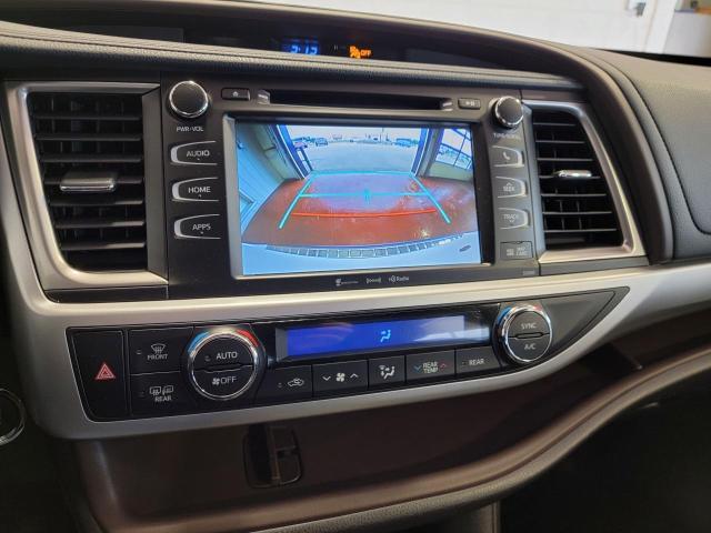 2019 Toyota Highlander XLE AWD Photo17