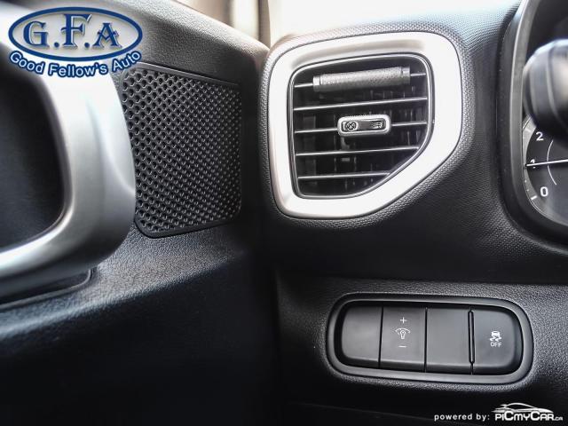 2020 Hyundai Venue ESSENTIAL, REARVIEW CAMERA, HEATED SEATS, BLETOOTH Photo18