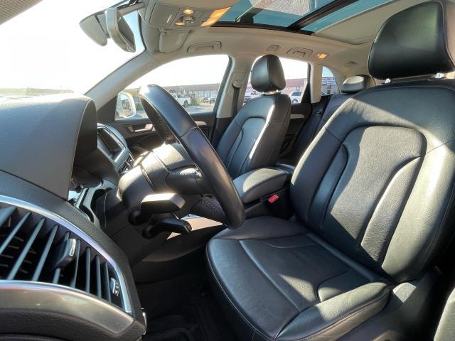 2014 Audi Q5 2.0L Progressive Panoramic Sunroof/Leather Photo10