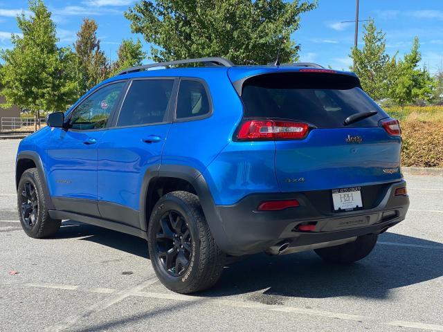 2017 Jeep Cherokee Trailhawk Photo2