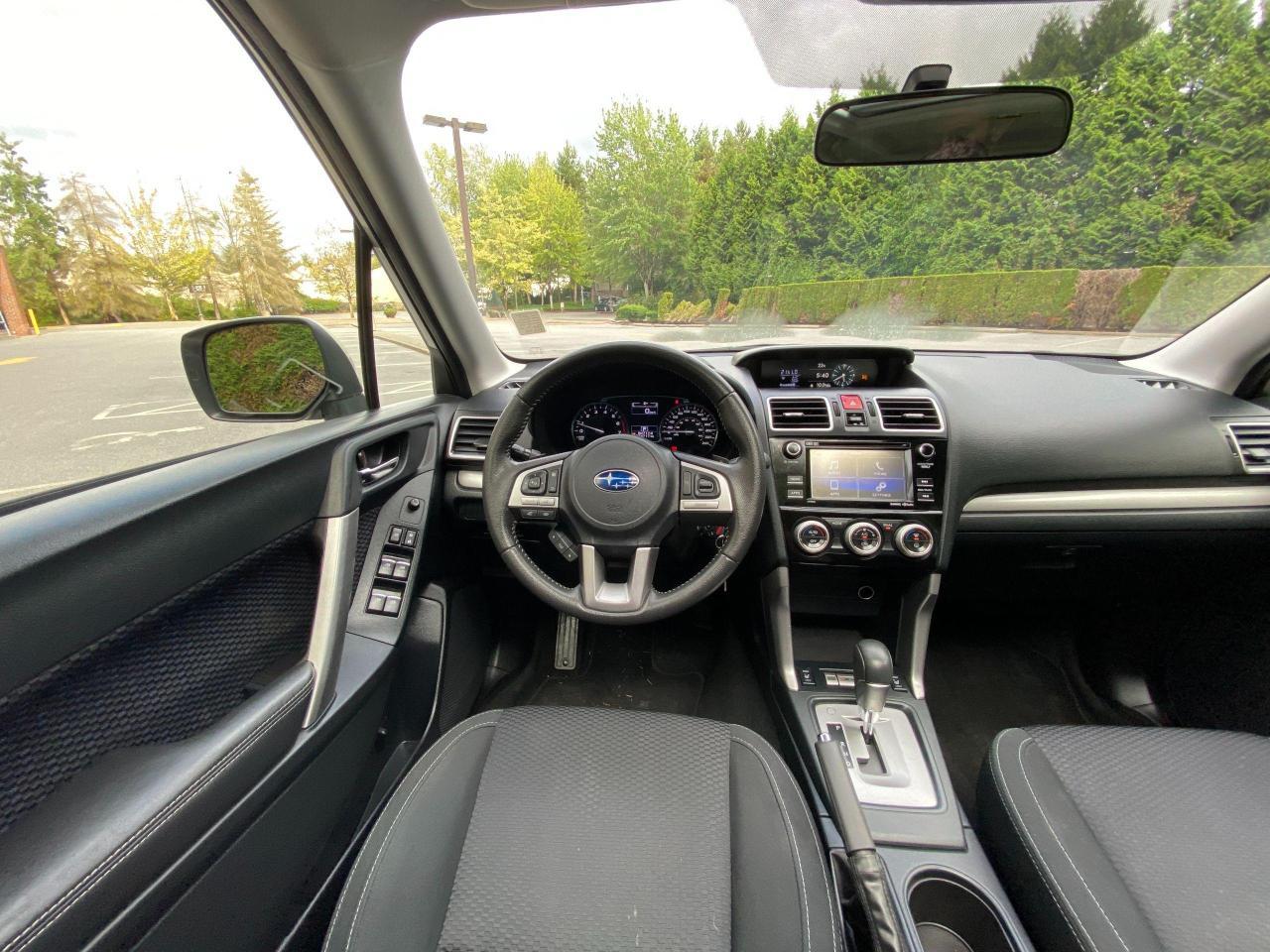 2017 Subaru Forester i Touring Photo14