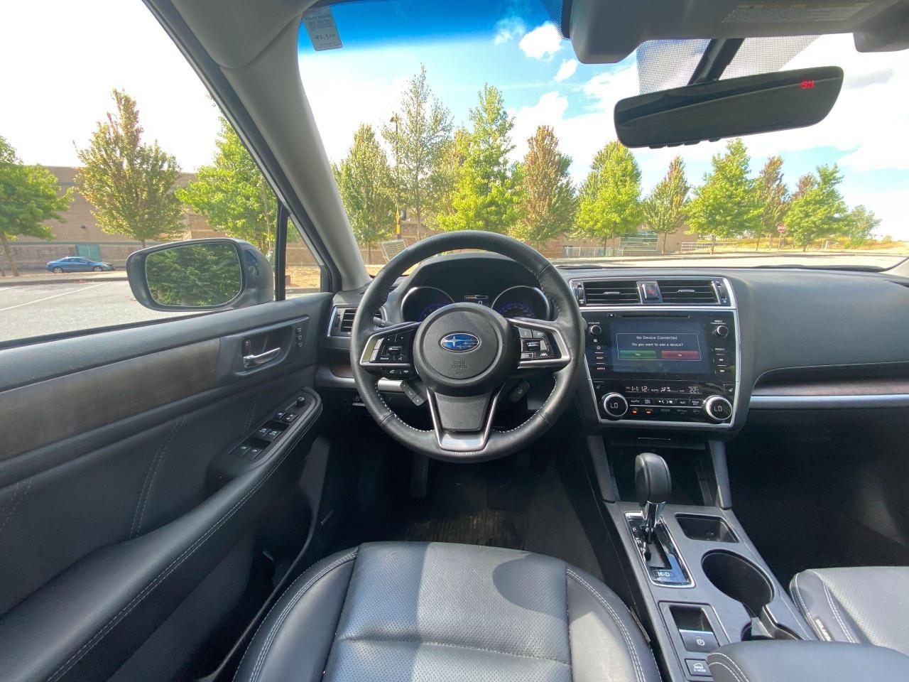 2018 Subaru Outback LIMITED Photo21
