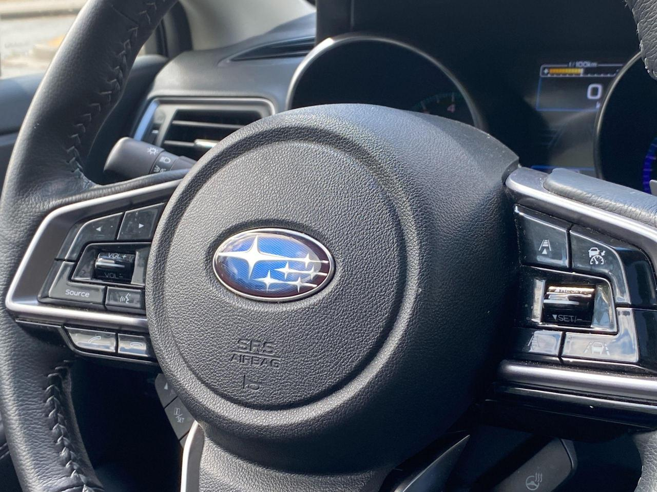2018 Subaru Outback LIMITED Photo25